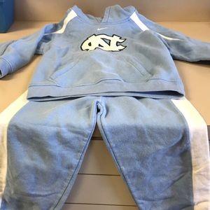 Nike Carolina Tarheels sweat suit
